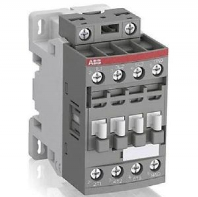 Contactor 4kW 3 Phase 24.60v 01 AUX