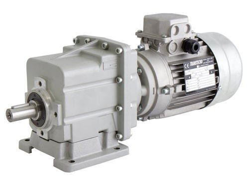 Transtecno Alloy Helical Inline Gearbox CMC023 Ratio 135.95/1 25mm Solid Output